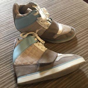 Wedge sneakers sz 7.5